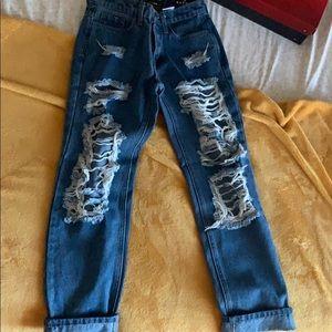 """FASHIONOVA jeans, in style """"boyfriend jeans"""""""